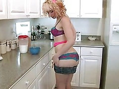 Pierced nubile hairy snatch covered in milk