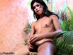 Teen tranny rubs watermelon against her spread ass and ...