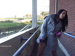 Dark Chloe Lovettes public flashing