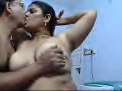 Chubby mature Indian black head flashes her big saggy b...