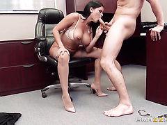 Diamond Kitty with massive jugs asks Mick Blue for a g...