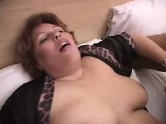 Chunky mama Kamilah from 1fuckdatecom