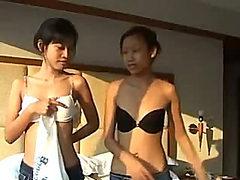 Innocent Thai cutey Saori 18 gets fingered