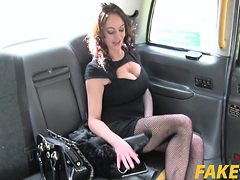 Vickie Powell In Street Lady Fucks Cabbie for Cash