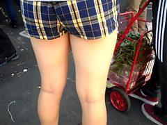 Bootycruise: chinatown bus stop asian leggy honey