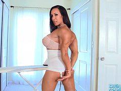 Denise Masino - Muscle Bombshell Video - Female Bodybui...