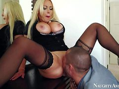 Nikki Benz is his wifes smoking