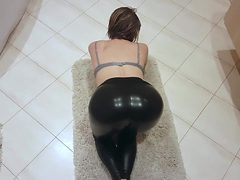 STEP SISTER SEDUCED STEP BROTHER WITH LATEX YOGA PANTS ...