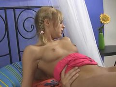Slow and sexy virgin fuck with teen blonde