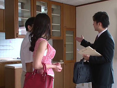 The Realtor Fucks This Sexy Asian Wife