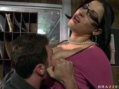 she gets her ass licked in the office