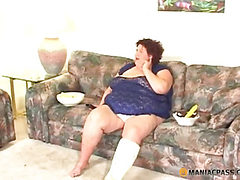 Skinny guys fuck a fat aunt