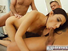 Bodacious kitty has some dirty anal fantasies to be ful...
