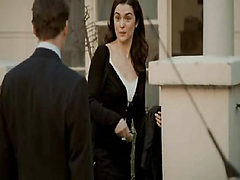 Rachel Weisz pregnant as she takes a bath and a guy fil...