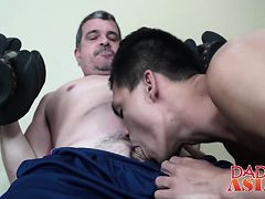 Mature gay perv found a fresh Asian twink anus for stuf...